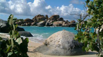Best beaches for kids near Tortola cruise port - Tortola Cruise Port Guide